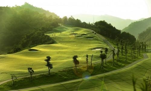 Mãn nhãn với sân golf có địa hình khó và đẹp bậc nhất Việt Nam