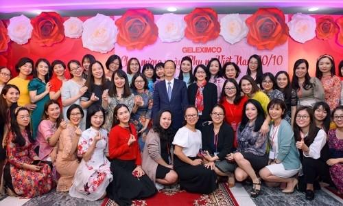 Ấm áp buổi lễ mừng Ngày phụ nữ Việt Nam 20-10 tại Tập đoàn Geleximco