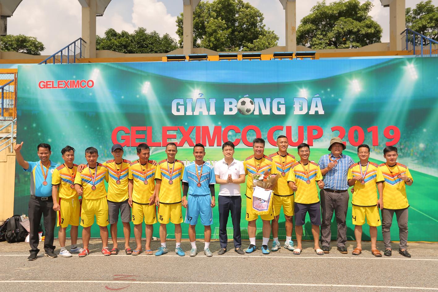 Giải Ba thuộc về Đội bóng Chi nhánh Hà Tây.