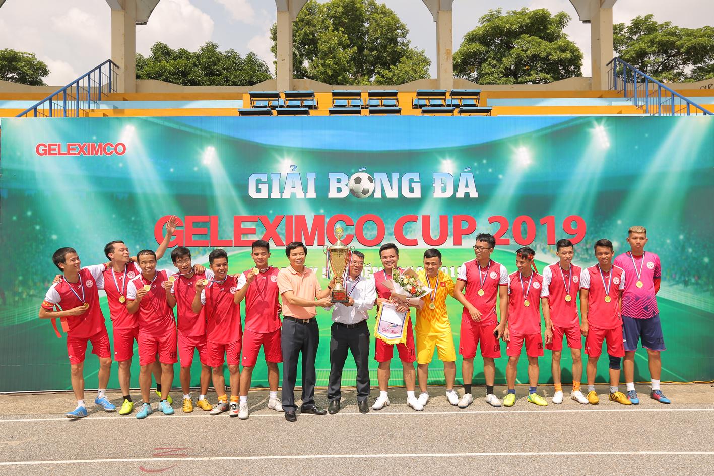 Đội bóng Nhà máy Nhiệt điện Thăng Long đã trở thành nhà vô địch của Giải bóng đá Geleximco Cup 2019.