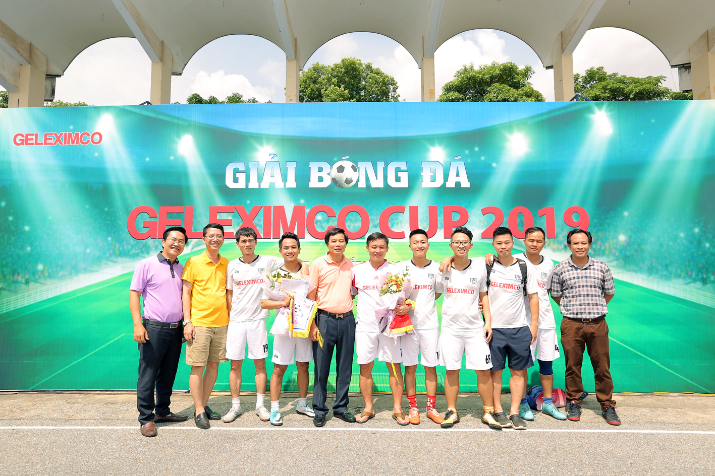 Đội bóng Geleximco 36HC giành Giải Tư và Giải Fairplay.