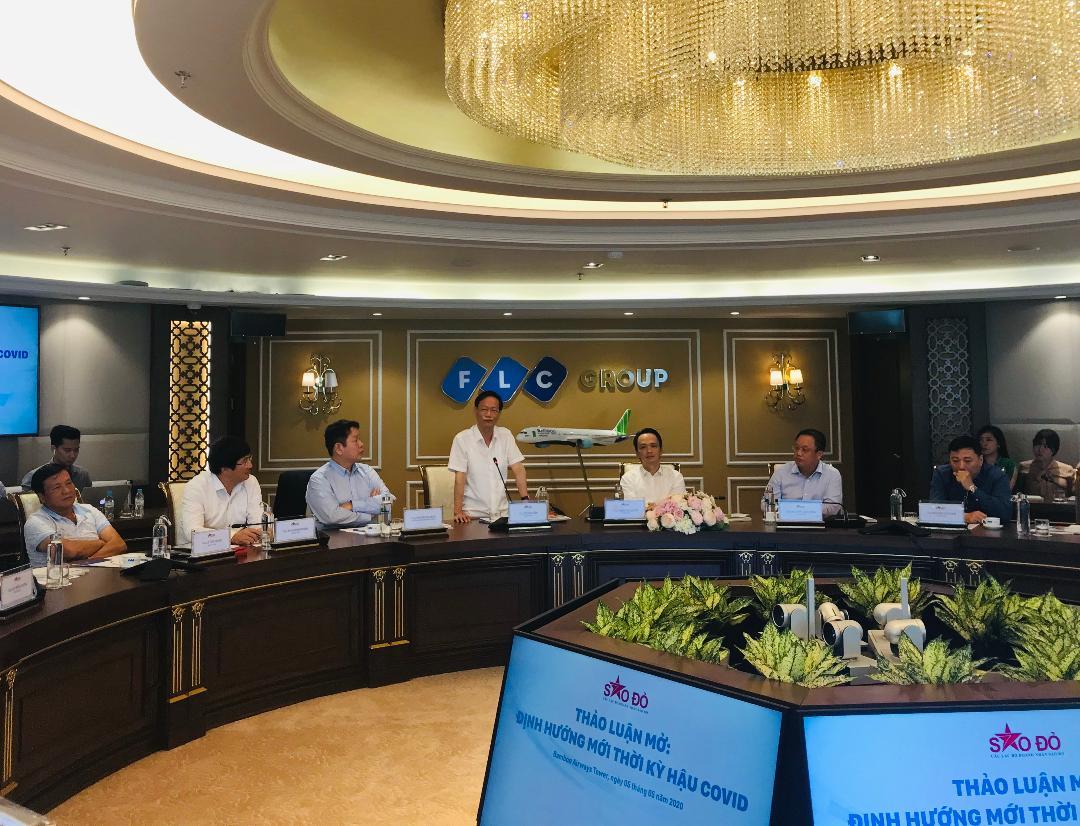 Ông Vũ Văn Tiền, Chủ tịch Tập đoàn Geleximco phát biểu tại buổi Thảo luận