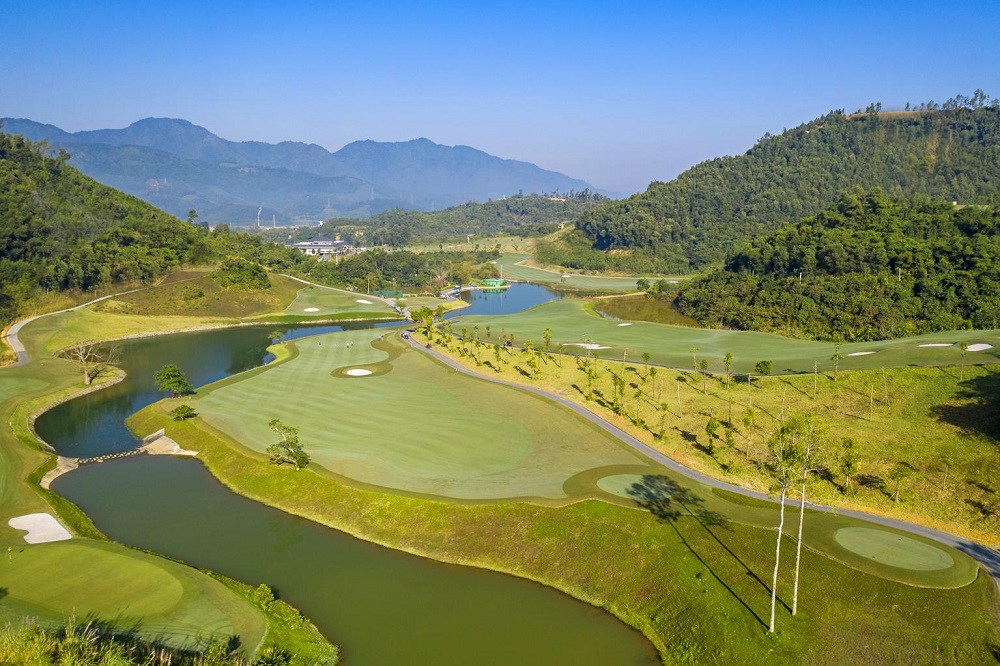 Sân golf Hilltop Valley Golf Club