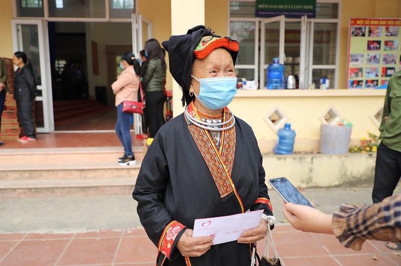 Mang Tết ấm đến với người nghèo huyện Võ Nhai