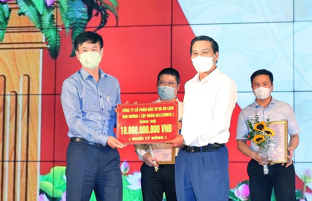 Tập đoàn Geleximco trao tặng số tiền 10  tỷ đồng cho Hải Phòng.